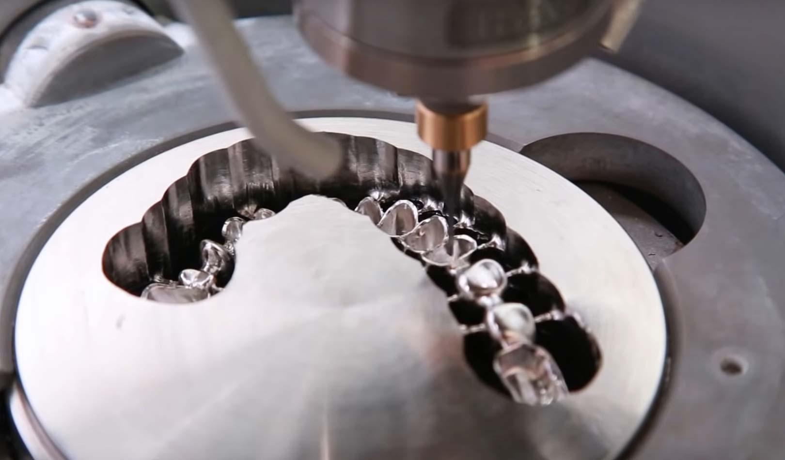 Zirkonzahn M5 Milling Unit